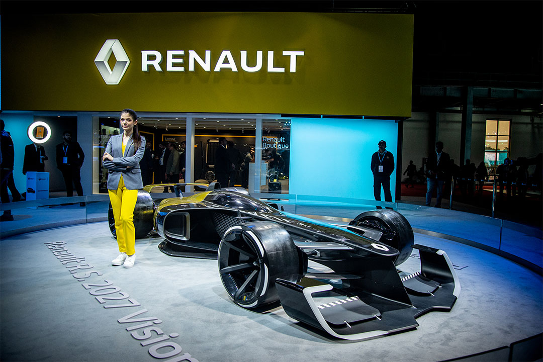 The Renault RS 2027 Vision Concept showcases the company's take on Formula E in the future