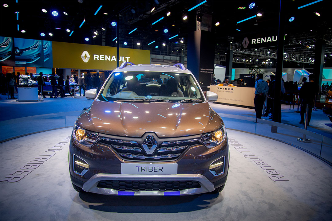 Renault Showcases the dual-tone version of the Triber MPV with an AMT